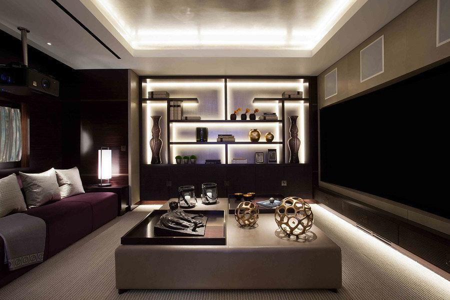 Esta sala multimedia, diseñada por Andrew Wilford, combina forma y función gracias a elementos hechos