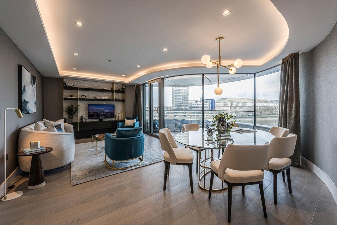 En este salón de The Corniche, Albert Embankment en Londres diseñado por David Mason, el art déco y l