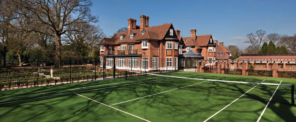 Bieber's new backyard. Tennis anyone?