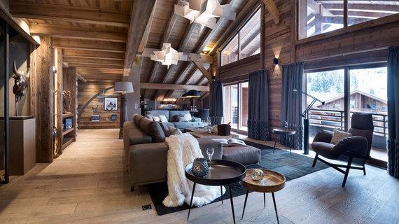 每日豪宅   木屋风格的阿尔卑斯山现代顶层公寓