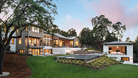 每日豪宅   占地开阔的加州硅谷现代精工大宅