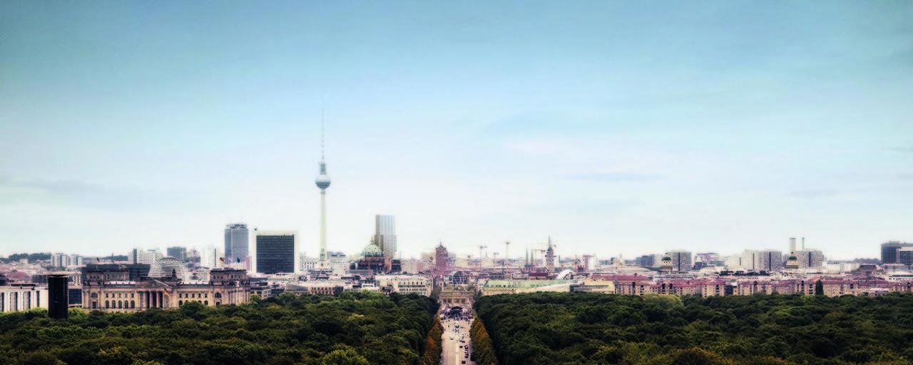 The development was part of Berlin's master plan to foster a new city center around Alexanderplatz, a
