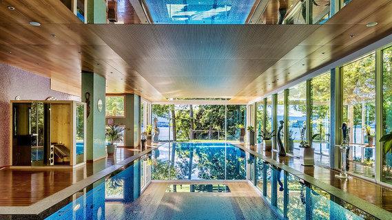 每日豪宅 | 景致媲美公园的瑞士日内瓦湖畔大宅